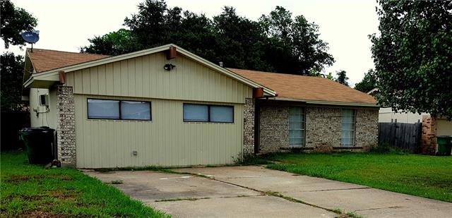 Photo of 1619 Lee Street  Kaufman  TX