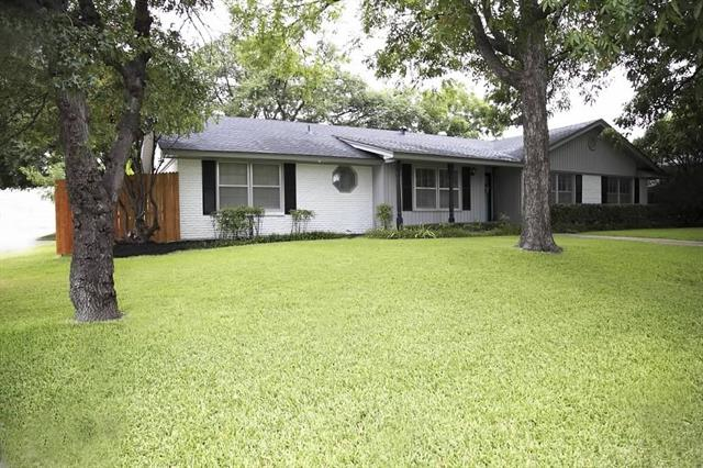 Photo of 4117 Whitfield Avenue  Fort Worth  TX
