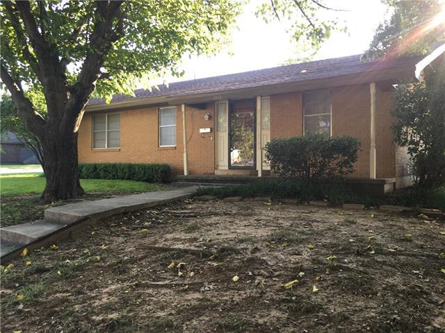 1401 Shirley St, Bridgeport, TX 76426