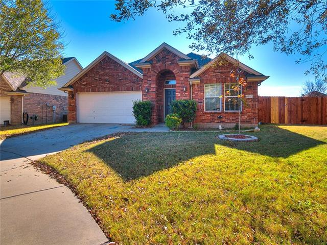 Photo of 6017 Meadowglen Drive  Denton  TX