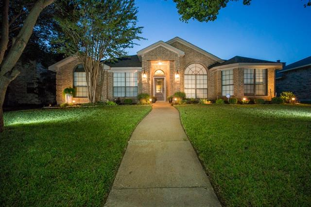 Photo of 1713 Springwood Drive  Mesquite  TX