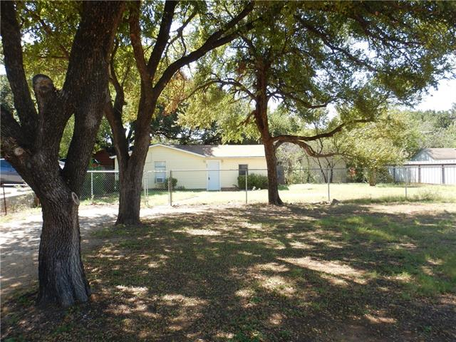 Photo of 803 Paluxy Road  Granbury  TX