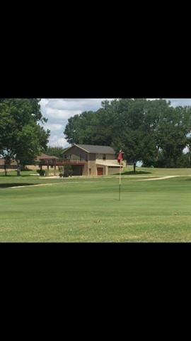 160 Hogan St, Comanche, TX 76442