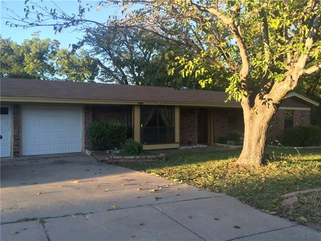 Photo of 2108 Edgecliff Road  Fort Worth  TX