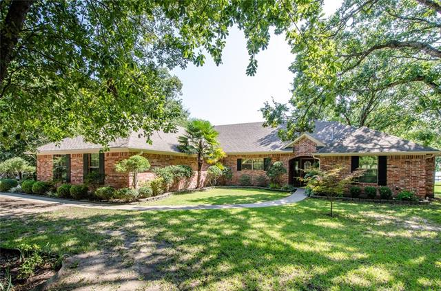 Photo of 2042 SE County Road 3310  Kerens  TX
