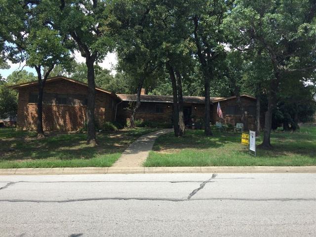 Photo of 5917 Yolanda Drive  Fort Worth  TX