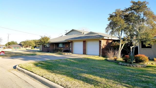 Photo of 7001 Overhill Road  Fort Worth  TX
