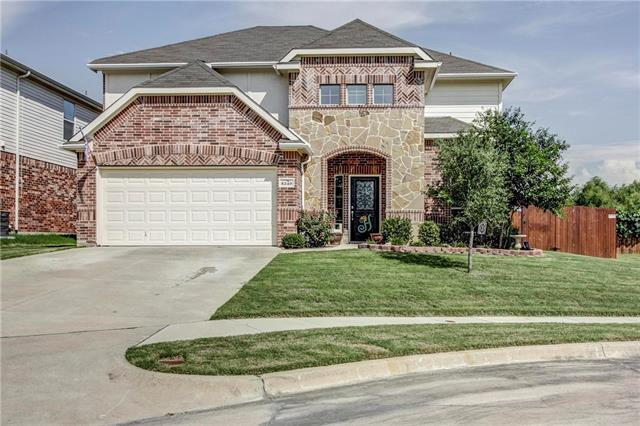 Photo of 8249 Summerview Court  Fort Worth  TX