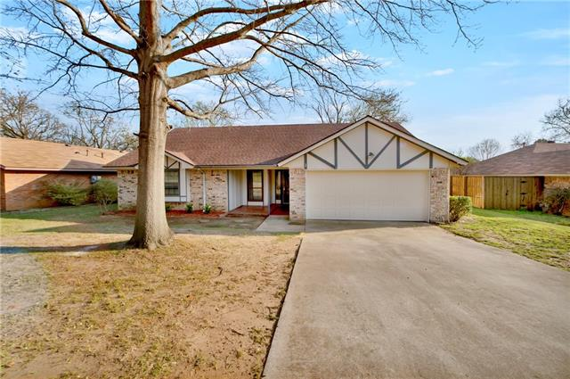 Photo of 2835 Southridge Drive  Grapevine  TX