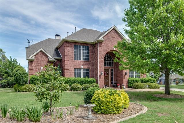 Photo of 1121 Cogburn Court  Shady Shores  TX