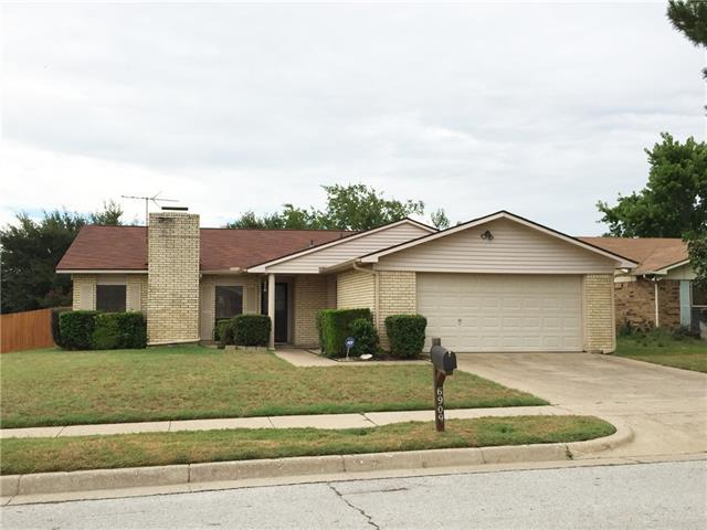 Photo of 6909 Forestview Drive  Arlington  TX