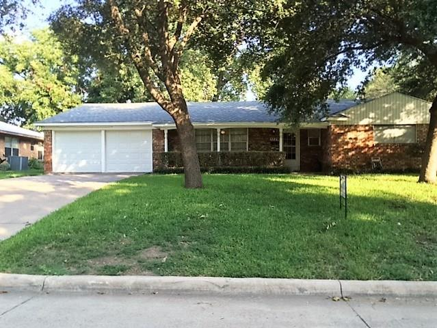 Photo of 5729 Winifred Drive  Fort Worth  TX
