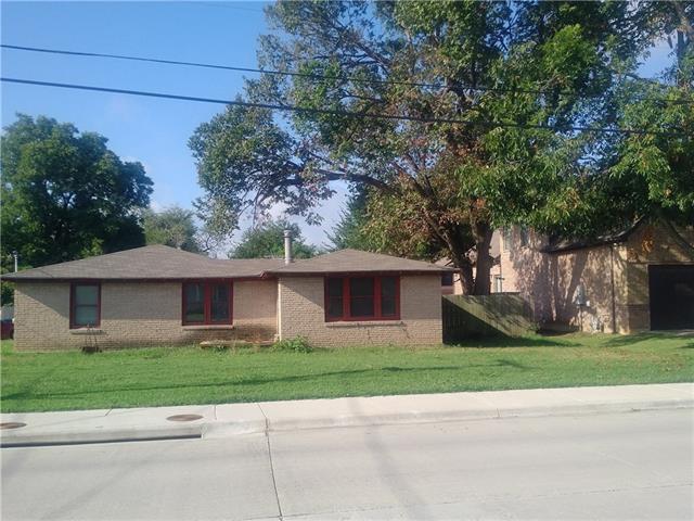 Photo of 101 S Walnut Street  Roanoke  TX