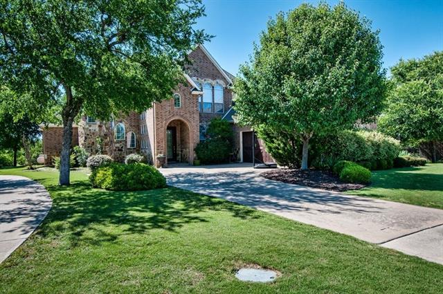 Photo of 404 Valley View Court  Aledo  TX