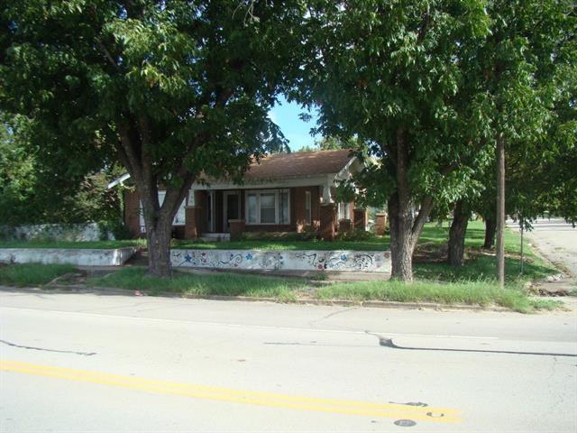Photo of 900 Wallis Avenue  Santa Anna  TX