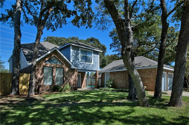 Photo of 503 Holliday Lane  Euless  TX