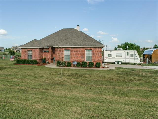 244 Valley Meadow Dr, Decatur, TX 76234