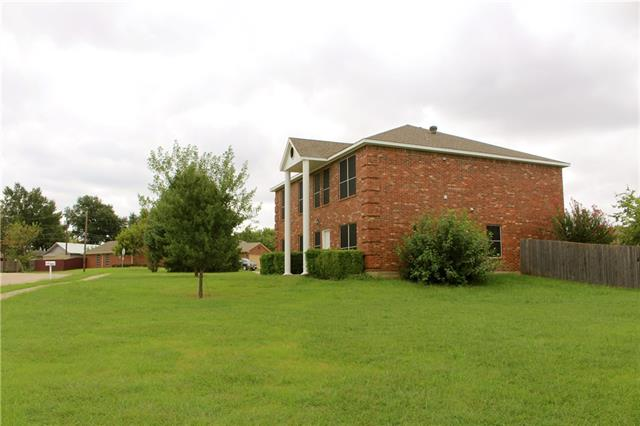 Photo of 516 Lester Street  Lewisville  TX