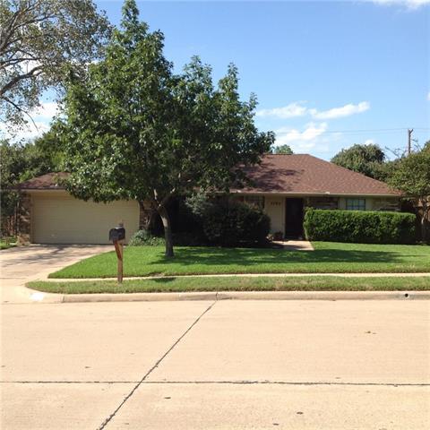 Photo of 5705 Waterview Drive  Arlington  TX