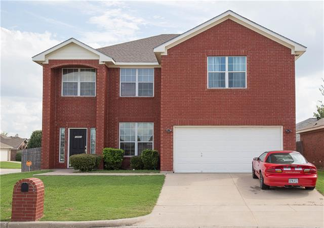 Photo of 10501 Braewood Drive  Fort Worth  TX