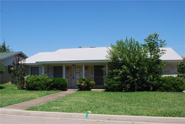 114 Mockingbird Ln, Hillsboro, TX 76645