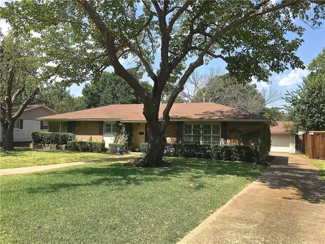 Photo of 10117 Rockmoor Drive  Dallas  TX