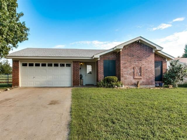 Photo of 117 Hillgard Drive  Fort Worth  TX