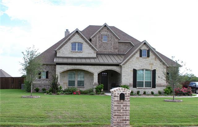 Photo of 209 Mckinley Circle  Waxahachie  TX