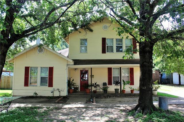 Photo of 605 W Milam Street  Ennis  TX