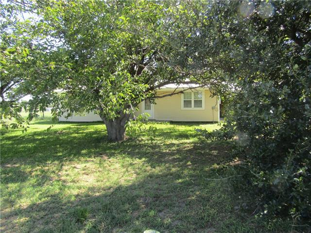 Photo of 677 COUNTY ROAD 4797  Boyd  TX