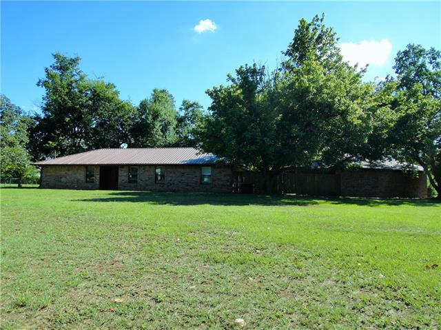 Photo of 300 County Road 14900  Paris  TX