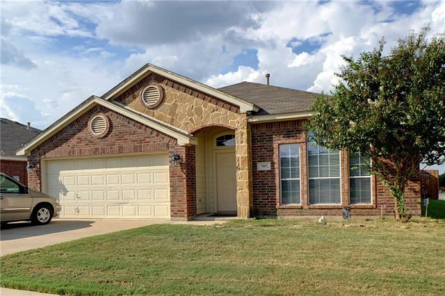Photo of 7017 Seton Hall Drive  Fort Worth  TX