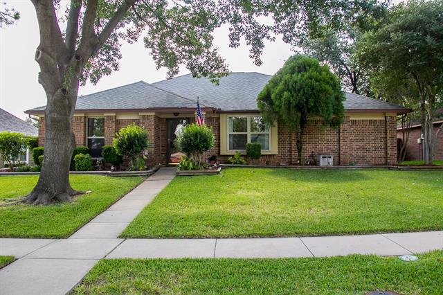 Photo of 816 Purcell Drive  Plano  TX