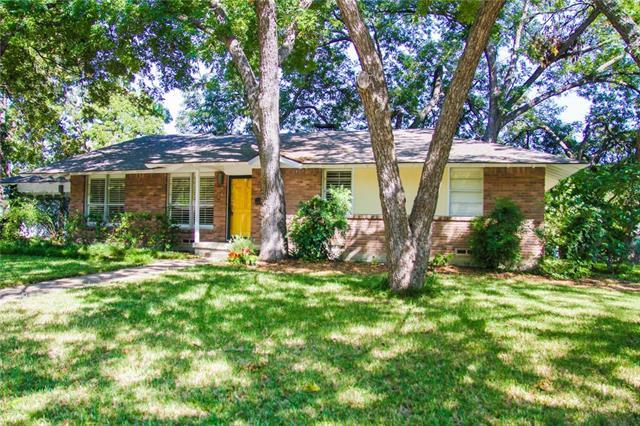 Photo of 2714 S Glenbrook Drive  Garland  TX