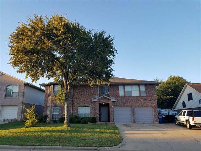 Photo of 3304 Meadowview Drive  Corinth  TX