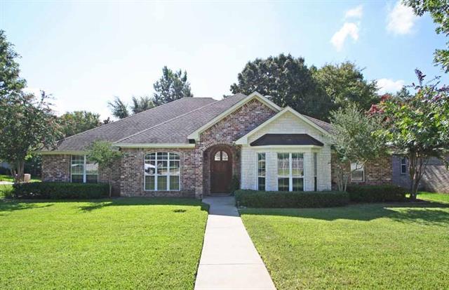 Photo of 3995 Chapel Woods Boulevard  Tyler  TX