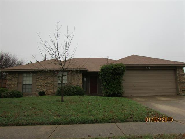Photo of 907 Blewitt Drive  Cedar Hill  TX