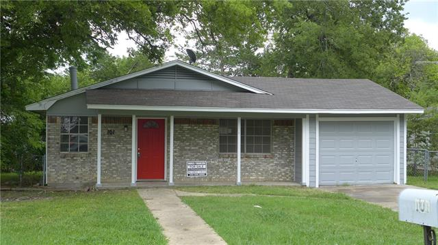 101 S Quinlan St, Howe, TX 75459