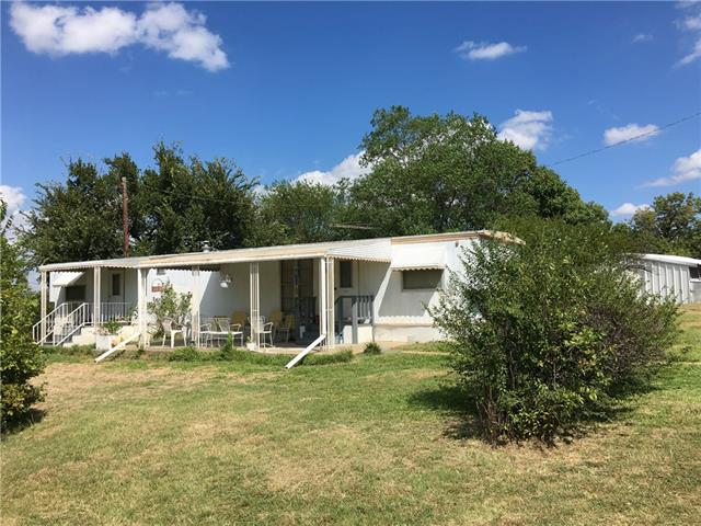 Photo of 112 Horseshoe Trail  Weatherford  TX