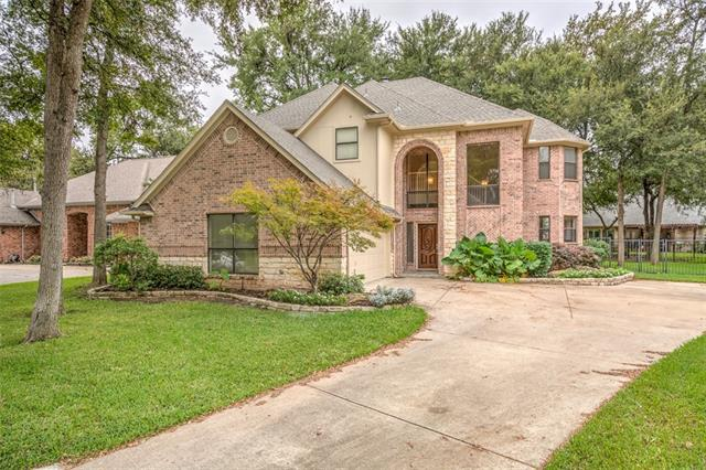 Photo of 5905 Riverbend Place  Fort Worth  TX