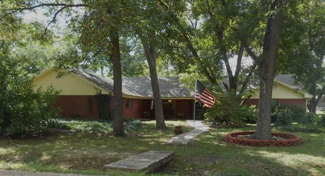 Photo of 209 Wight Street  Roxton  TX