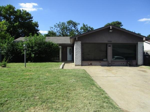 Photo of 7001 Van Natta Lane  Fort Worth  TX
