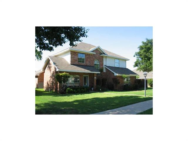 Photo of 2038 Vista Drive  Lewisville  TX