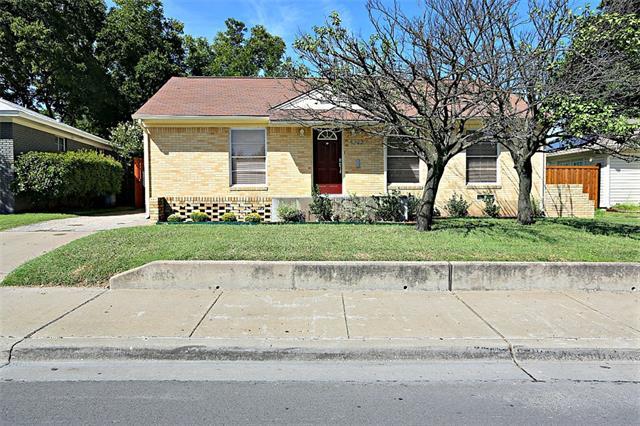 Photo of 4223 Skillman Street  Dallas  TX