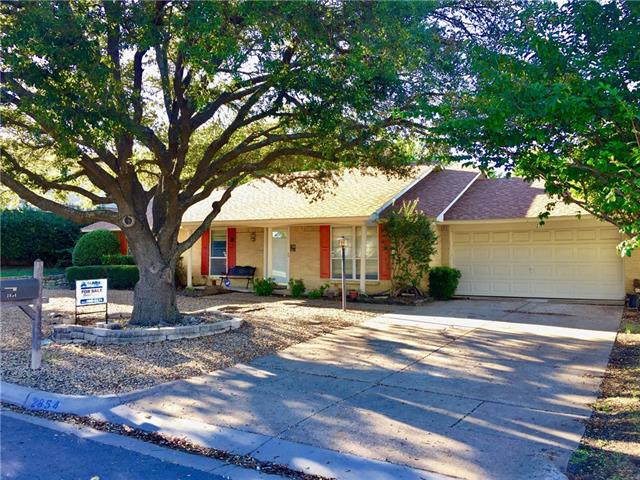 Photo of 2854 Elsinor Drive  Fort Worth  TX