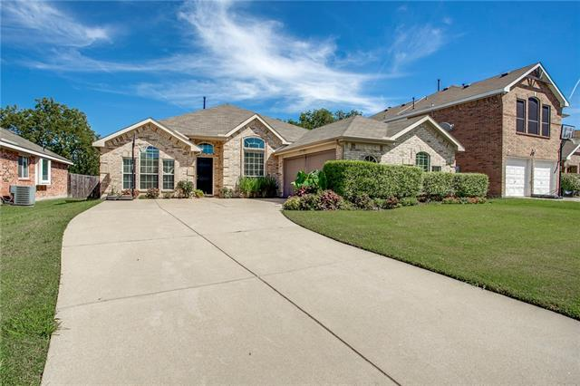 Photo of 3148 Silver Creek Drive  Mesquite  TX