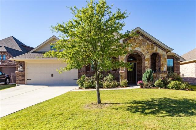 409 Sterling Drive, Benbrook in Tarrant County, TX 76126 Home for Sale