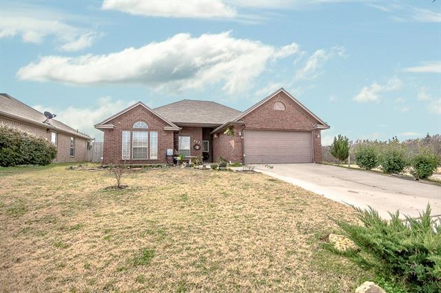 902 Turkey Creek Ct, Bridgeport, TX 76426