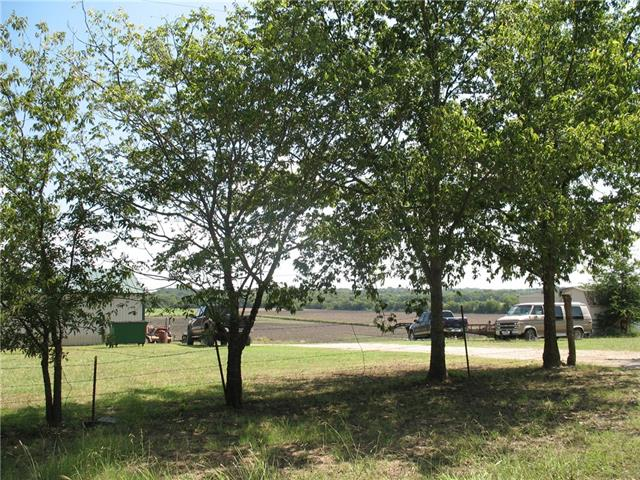 Photo of 1035 County Rd 4215  Bonham  TX