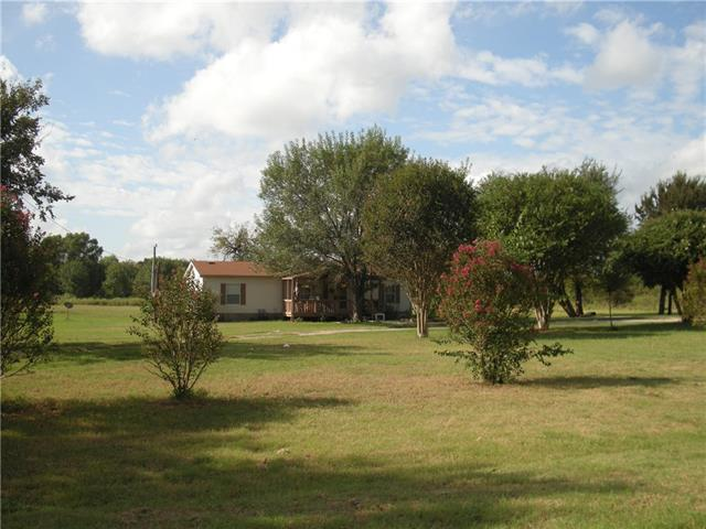 Photo of 1421 Private Road 2268  Quinlan  TX